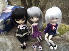 Le trio du dgrad (Nyu.) Tags: nature doll wig ala bonita pullip kaela custo barette cils byul eyeships tiphona lunatichumptydumpty