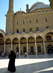 Mezquita de Mohamed Al (Coyolicatzin) Tags: egypt hijab cairo egipto niqab gypte islamicveil voileislamique  veloislmico