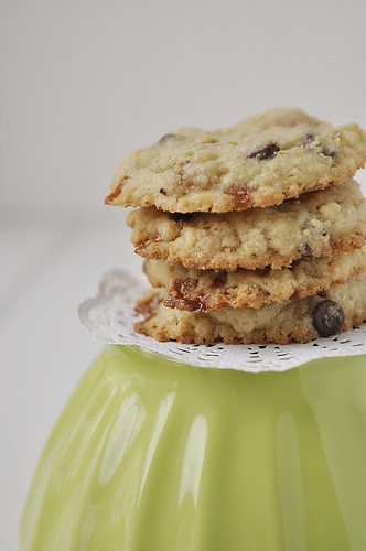 Caramel Oatmeal Chocolate Chip Cookies