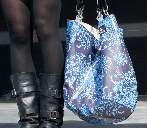 bag shoot16 blue and black floral (1 of 1)