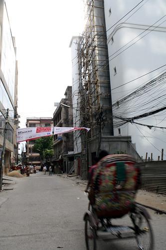 [Bangladesh] ワシントンホテルの前の道