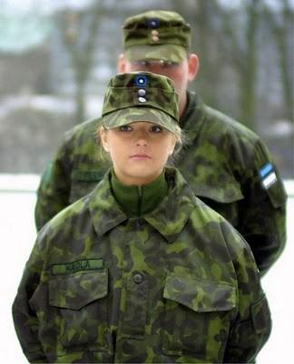Military_Women_12