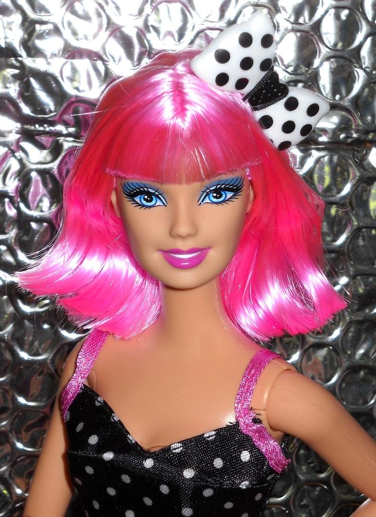 Barbie fashionistas in the spotlight cutie doll 24