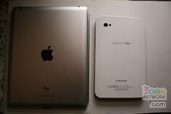 Apple iPad 2 vs Samsung Galaxy Tab