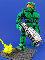 Master Chief, Spartan 117 (Ewok in Disguise) Tags: statue lego chief halo master figure spartan ewokindisguise