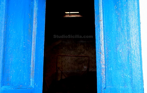 Studio Sicilia blue doors