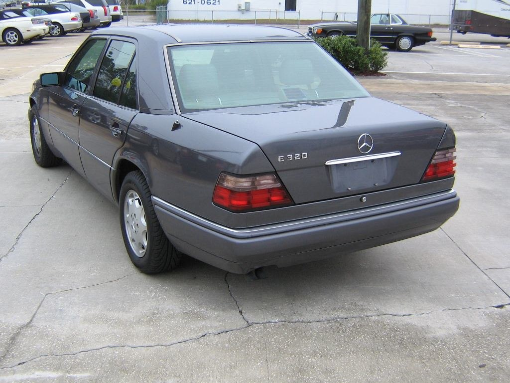 Deserion\'s 1995 Mercedes E320 - NewBeetle.org Forums