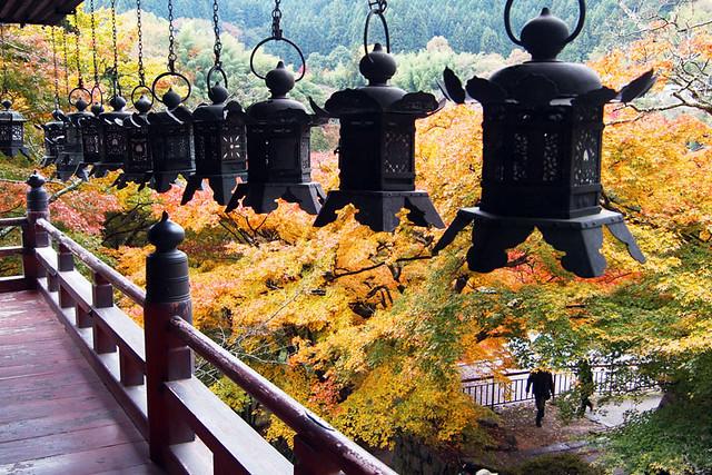 20101120_085726_談山神社_拝殿