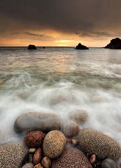 Pebble Beach Sunset (alastair.stockman) Tags: ireland sunset irish beach water canon pebble pebblebeach donegal inishowen irishcoast canon1740mm bloodyforeland canon1740f4lusm
