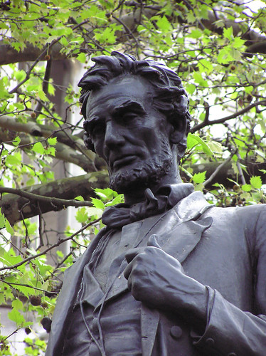 Lincoln Close-up