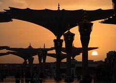 Mescidi Nebevi'de Gün Doğumu (Yavuz Alper) Tags: sun mosque medine gündoğumu mescidinebevi kutsalbelde