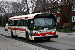 (Andrea Zaratin) Tags: road new toronto ontario canada west bus look st gm mt general ttc n surface motors vehicles fishbowl transit vehicle dennis mass oakwood commission autobus 90 clair vaughan rd stn tpl 5307 90a 2286 gmdd t6h