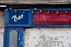 bar (Arianna Lodeserto / desertar) Tags: bar ruestmaur paris10me