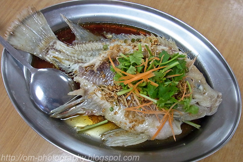 Yao Wat Tilapia (油滑非洲鱼), Lightly deep fried tilapia RIMG0390 copy