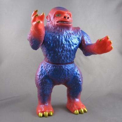 Grumble Toy x Amapro Saihatari