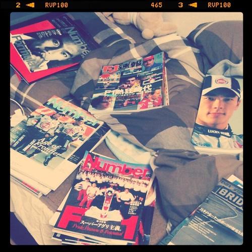 F1の雑誌だらけ。