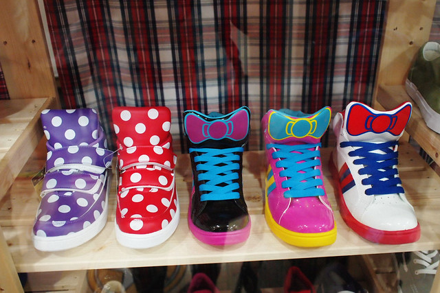 Hello Kitty Bow Sneakers