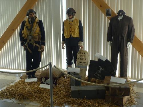 Exposition Histoire de l'aérodrome de Merville-Calonne 5756882281_5561cdba91