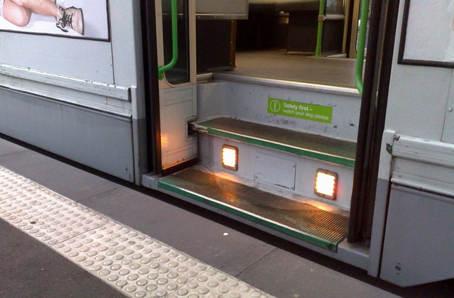 POTD: Accessible tram stops served by non-accessible trams