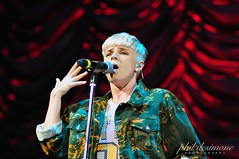 Robyn (three11phil) Tags: robyn californiadreams tdgarden californiadreamstour