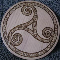 Celtic symbol Triskel2 (Marco Braun) Tags: trois circle square three symbol squaredcircle celtic tri signe cercle carr drei zeichen quadrat triskell keltisch celtique