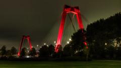 Willemsbrug by night - II (R. Engelsman) Tags: willemsbrug rotterdam rotjeknor 010 netherlands nederland nl brug bridge city stad nacht night architecture hdr
