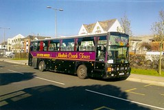 Merlin's Coach Tours,Swansea YIL 8773 (Woolfie Hills) Tags: college students swansea wales coach south merlin van tours daf hool gorseinon yil 8773 brynamman sb3000