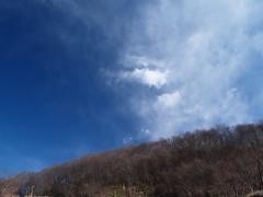 PC319218 (f_green) Tags: blue sky cloud olympus zuiko chichibu e500 秩父 zd fourthirds 1454