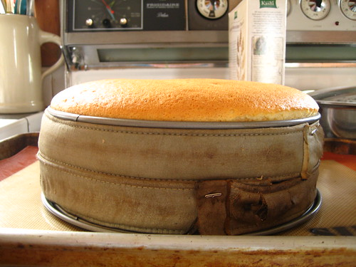 orange glow chiffon layer cake (fail)
