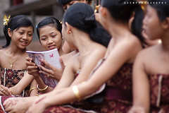 She's on Magazine (Rido Zaen) Tags: bali girl magazine war tradition kare karang pandan asem perang tenganan mekare