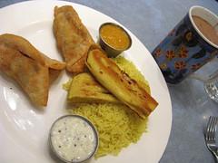 samosa dinner at Ananda Fuara