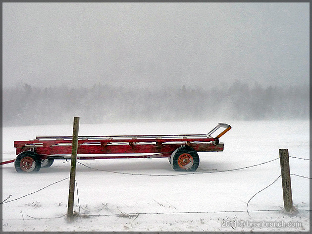 P1140782_trailer_in_snow
