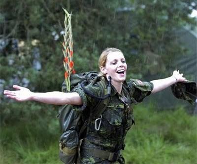 Military_Women_07