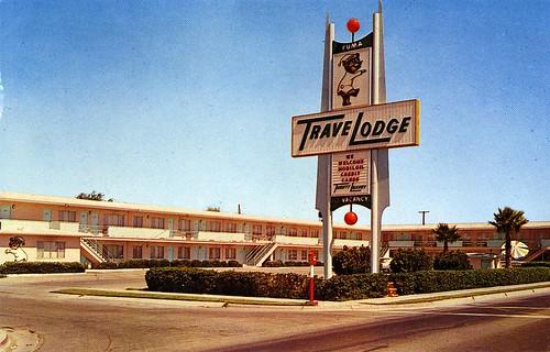 sign vintage pc postcard motel chrome travelodge