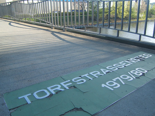 Torfstrassesteg_sign_berlin