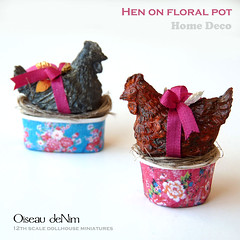 Hen on floral pot