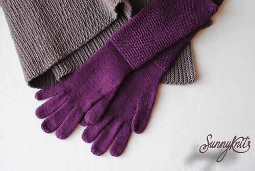 Шарф-гармошка Puckering Scarf & Лиловые перчатки с платочной манжетой Purple gloves with garter cuff