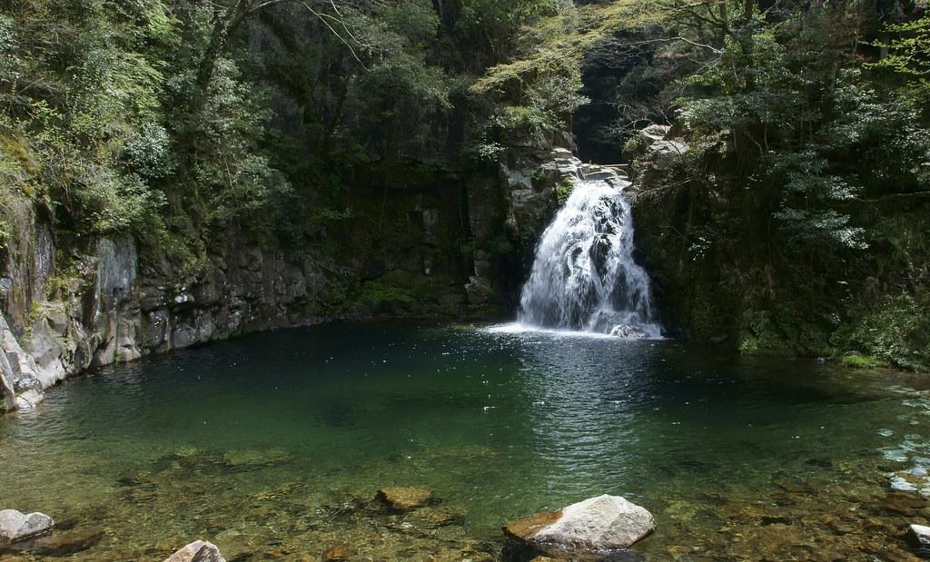 Akame 48 falls 2