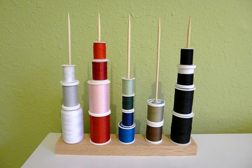 Thread_Holder
