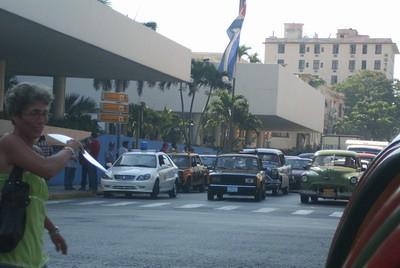 Detienen a Ferrer y activistas en La Habana foto Roberto Guerra