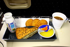 Air France Snack (Oscar von Bonsdorff) Tags: new york usa paris france airplane aircraft delta jfk international airline af dl charlesdegaulle airfrance johnfkennedy cdg airbusa380 deltaairlines afr lfpg a380800 kjfk af6 a388 airfrans gp7270 worldsbiggestairplane af006 airfrancemeal fwwab fhpjc foodinairplane af0006 msn43 dl8550 serialnumber43 gettyimagesfinlandq1 gettyimagesfinlandq2 airbusa380meal af6food airfranceinflightmeal airfranceamericaflightmeal mealinairplane airplanemealaf a380tonewyork deliciousairplanefood deliciousairlinefood niceairfrancefood niceairfrancemeal beautifulairlinefood newyorkflight frenchairplanefood frenchairlinefood frenchairplanemeal frenchairlinemeal worldsbiggestairplanenewyork passengerairlinefood
