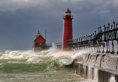 Grand Haven Lighthouse - Grand haven , Michigan (Michigan Nut) Tags: usa storm geotagged waves lakemichigan greatlakes stormclouds michiganlighthouses galeforcewinds grandhavenlighthouse grandhavenstatepark