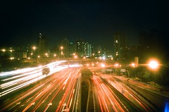 Av. 23 de Maio - SP (Lucas R. Miguel) Tags: night de lens avenida holga lomo lomography day bc wide dia noite 23 135 paulo so maio adaptor flickraward flickraward5