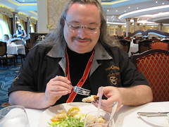 Erik & Seafood plate