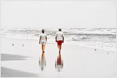 Morning Walk (diegOdariO's SnapShotS) Tags: beach couple florida walk partner