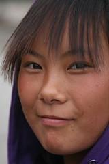 Girl (ronniedankelman) Tags: china travel blue portrait girl face canon asia blauw amdo portret meisje azie reizen gezicht rdp