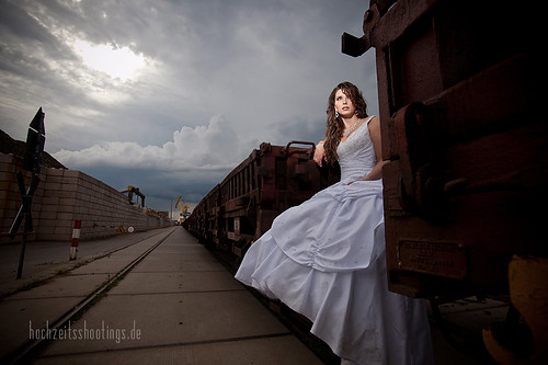 "Trash-the -dress-4 • <a style=""font-size:0.8em;"" href=""http://www.flickr.com/photos/34734209@N03/5749328327/"" target=""_blank"">View on Flickr</a>"