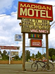 American motel sign () Tags: usa color beach bike bicycle sign club america photography washington tv discount cool interesting highway whitewalls state pacific northwest image good united picture free motel cable retro nostalgia international vision photograph 99 sound nostalgic americana local states roadside googie weekly vacancy cruiser hbo diners puget rates calls midcentury deals madigan usabook