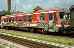 627 002  Tübingen  14.07.04 (w. + h. brutzer) Tags: tübingen eisenbahn eisenbahnen train trains railway deutschland germany triebwagen triebzug triebzüge zug vt db 627 webru analog nikon