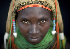 Mwila Woman, Chibia, Angola (Eric Lafforgue) Tags: africa portrait people woman tourism face horizontal dreadlocks female person one beads head culture tribal headshot ornament tribes braids tradition tribe ethnic humanbeing plaits oneperson tribo jewel necklaces huila colorphoto angola ethnology tribu tourismo southernafrica mwela lookingatcamera ethnie ethnicgroup traditionalhairstyle  mumuila  vilanda  chibia mumuhuila mwila      southangola mumuhuilatribe mwilatribe nontombi vilandanecklace mudnecklace ango2750